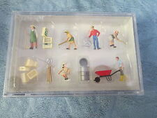 Preiser HO #10046 People Working -- Gardeners & Accessories