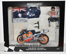 Honda NSR 500 1995 Mick DOOHAN Weltmeister Ehrenrunde Team Repsol 1:12 Minichamp