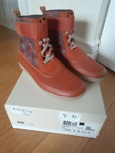 Clarks Leather Upper Boot Shoes for