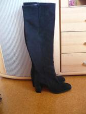 schwarze Overknee Stiefel mit Absatz von Zara neu mit Etikett
