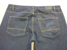 087 MENS EX-COND JAG RELAXED FIT BLUE FADE JEANS 38 REG $120 RRP.