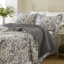 3-Piece LAURA ASHLEY Coverlet QUILT Set KING Size REVERSIBLE Bedspread 2 Pillow