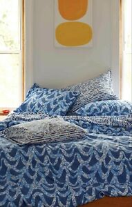 Brooklinen LUXE King 7 pieces set w duvet cover $370  Great condition