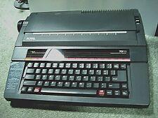 Vintage RoyalTQ-720 Professional ElectronicTypewriter