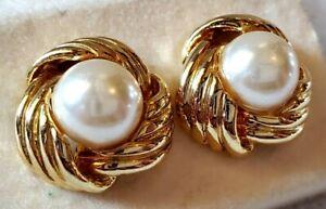 NOS MONET Elegant Large Center Pearl Set in a Triple Twist Gold Pierced Earrings