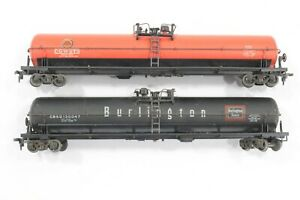 HO 2 Athearn 62ft Tank Cars, Chicago Great Western & Burlington Route Some DMG