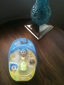 DISNEY PIXAR INSIDE OUT LIGHT-UP JOY JOIE FIGURE WITH MEMORY SPHERE