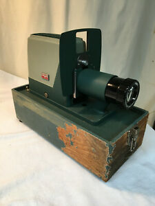 Vintage Argus 300 35mm Slide Changer Projector W/Bulb. Tested & Works!