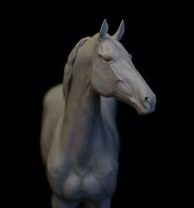 Small Traditional Unpainted Artist Resin ORLOV TROTTER