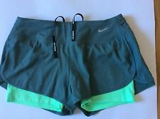 Ladies NIKE RUNNING 2 in 1 Shorts Dri Fit Size X Small