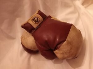 Vintage Pair of Leather Boxing Gloves Sport fun