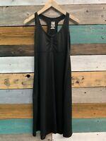 North Face Women's Sleeveless Dress Size Medium