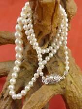 Klassische Perlenkette mit 585 Weißgold