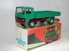 Un curseur 175, MAGIRUS DEUTZ 130 M 13 FL 2-AXE carrosserie vert environ 1/50 NEUF dans sa boîte