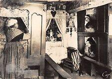 BR47270 Scenes et types bretons lit a etages et chapelle de la sait Vie   France
