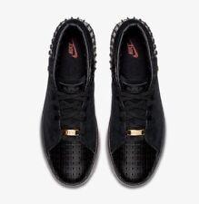 Nike Men's LeBron XIII Lifestyle Shoes 806396-001 Black/Metallic Gold sz 8 NWOB