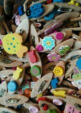 Wooden Not Applicable Costume Brooches & Pins