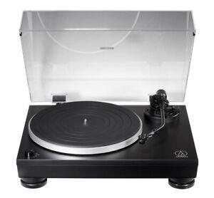 Audio Technica AT LP5X Plattenspieler mit VM95E MM-System, USB und Phono Vorv.