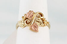 LadiesBlack Hills Gold 2 Rose & 2 Green Leaves Ring 10K Yellow Gold Size 7