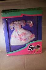 Hasbro SINDY Exclusive Collection outfit white party dress MIB 1994