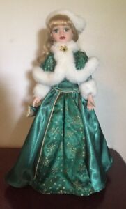 "LORRAINE 16""  Green Eyes, CHRISTMAS PORCELAIN DOLL (Avon) 2001 HOLIDAY RADIANCE"