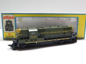 HO Scale - Atlas/KATO 8228 Canadian National GP-7 Diesel Locomotive Train #1720