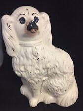 Grand Antique Staffordshire Pottery Spaniel chien avec BLEU NON yeux de verre #GA