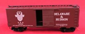 N Scale Model Train, Kadee, Delaware & Hudson 50' Rib Side Boxcar