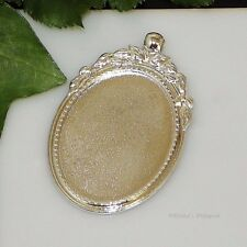 40x30 Oval Silver Plated Cabochon (Cab) Pendant Setting (#B5-30)