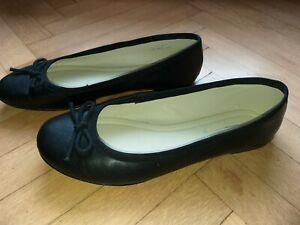 Ballerinas 5TH AVENUE, Gr. 41, schwarz, Leder mit Zierschleife