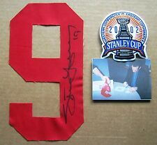 Red Wings Steve Yzerman signed  Jersey Number 9 (Red) and Stanley Cup Patch