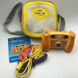2007 Vtech Kidizoom Camera w/Cables Manual and Case Tested Works (No CD) T3