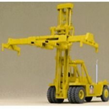 Walthers 933-3109 HO Scale Cornerstone Kalmar Container Crane - Kit