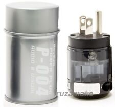 P-004 Official Oyaide power plug (made in Japan) / 4562112765728