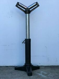 Roller Stands. Heavy Duty 52mm x 125mm  V - Type Adjustable Height 580 - 970 hig