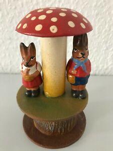 Candybox kleiner Pilz Osterhasen Paar Pappmache befüllbar Süßigkeiten Eastern