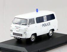 Ford 400E Minibus Polizei England UK 1:43 Oxford  Modellauto FDE012