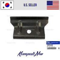 NEW OEM KIA BATTERY TIE DOWN CLEAT--FITS MANY NEWER MODELS-SEE LIST