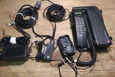 Telefono Veicolare Motorola International 2700 Con Accessori NON TESTATO