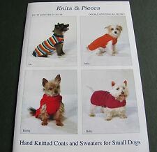 Knitting pattern per molto piccolo DOG Coats dimensioni 25-36 cm. petto. DK e robusto