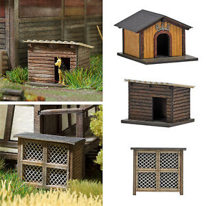 OO/HO Building accessories - Rabbit Hutch & 2 Dog Houses Busch 1522