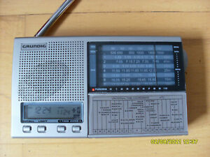 Grundig Transistor-Radio Yachtboy 218, UKW, MW, Kurzwellenempfang, Uhr, Timer,