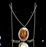 Vintage Enamel pendant necklace.