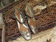 Damas Zapatos Clarks Dorado/Bronce Correa de tobillo Tamaño 5 en muy buena condición