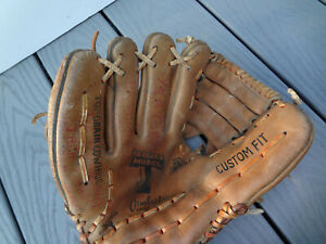 CAMBRIDGE XB50 TRIPLE T MODEL RIGHT HAND LEATHER PRO YOUTH BASEBALL GLOVE MITT
