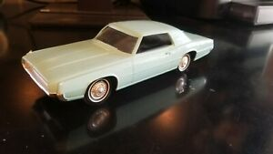 WORKING PHILCO NT-11 RADIO *** 1967 Ford Thunderbird Radio *** Promotional Car