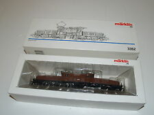 Marklin Three Rail AC powered HO Gauge #3352 Crocodile Electric Locomotive NIB
