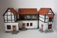 Post Station Genefels 3137, zu 7cm Sammelfiguren, Fertigmodell in Composite GMK