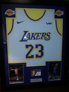 LEBRON JAMES FRAMED JERSEY REPRINT AUTO 1/1  LOS ANGELES LAKERS LQQK WOW