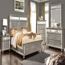 Contemporary Beautiful Bedroom 4pc Set Queen Size Bed Dresser Mirror Nightstand